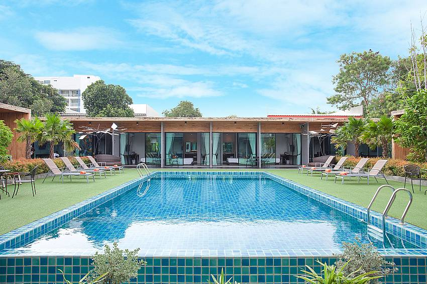 Big and spacious pool-Stargaze Resort_Jomtien_Pattaya_Thailand