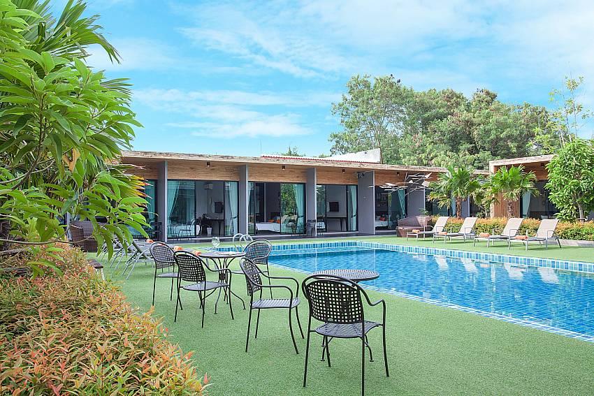 Tranquil pool area-Stargaze Resort_Jomtien_Pattaya_Thailand