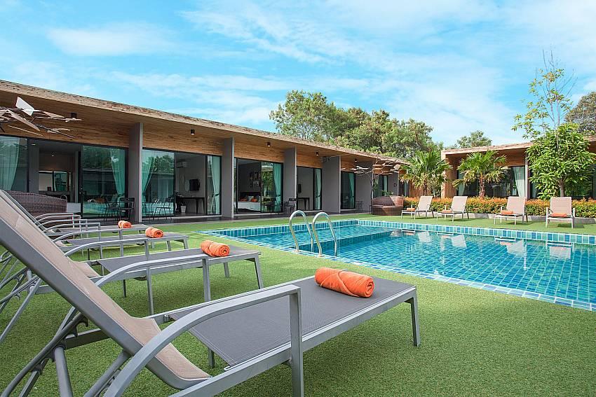 Luxury pool area-Stargaze Resort_Jomtien_Pattaya_Thailand