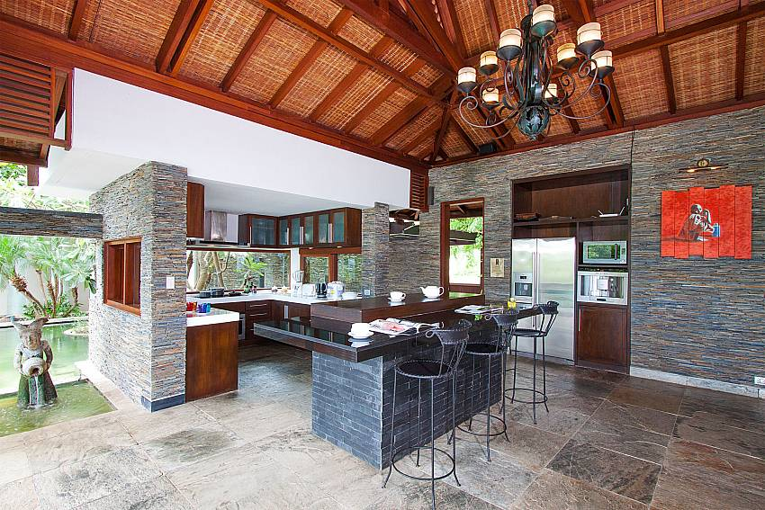 modern luxurious kitchen area-Amaroo Villa_Laem Sor_Samui_Thailand