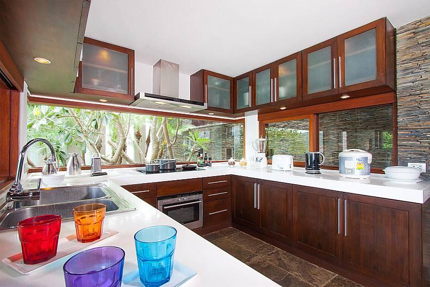 top modern appliances-Amaroo Villa_Laem Sor_Samui_Thailand