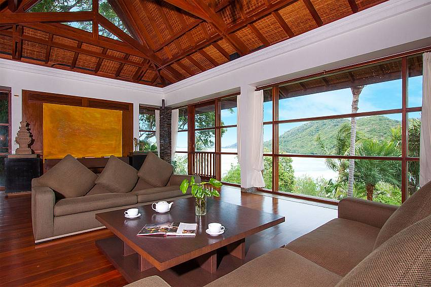 living area of-Amaroo Villa_Laem Sor_Koh Samui_Thailand