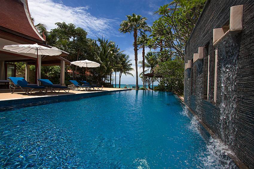 water fall by the pool-Villa Alkira_Lipa Noi_Samui_Thailand