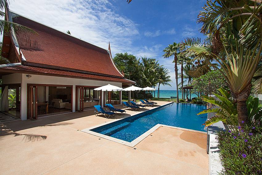 5-star beachfront holiday home-Villa Alkira_Lipa Noi_Samui_Thailand