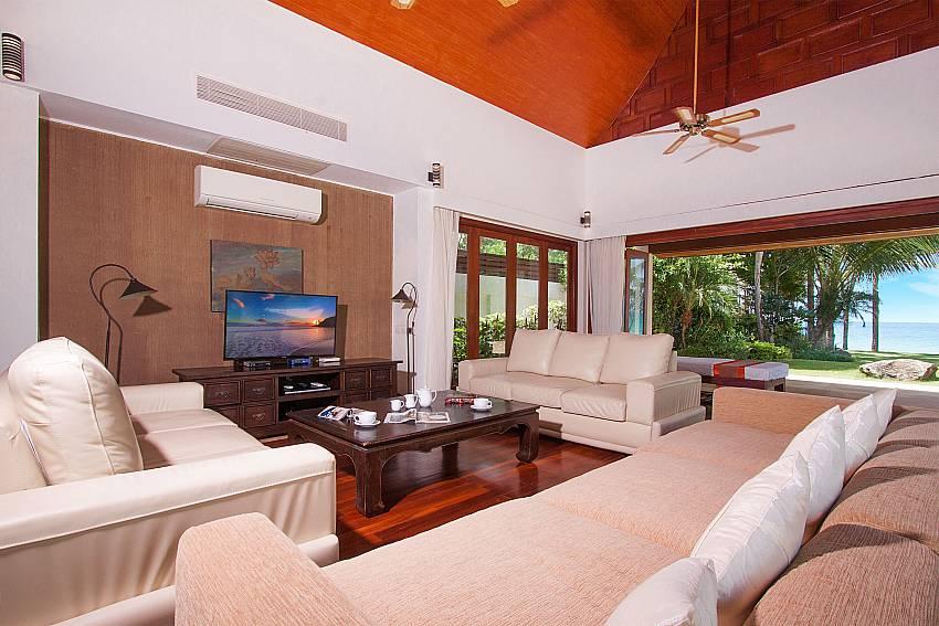 Huge lounge with TV and sea view-Villa Alkira_Lipa Noi_Samui_Thailand