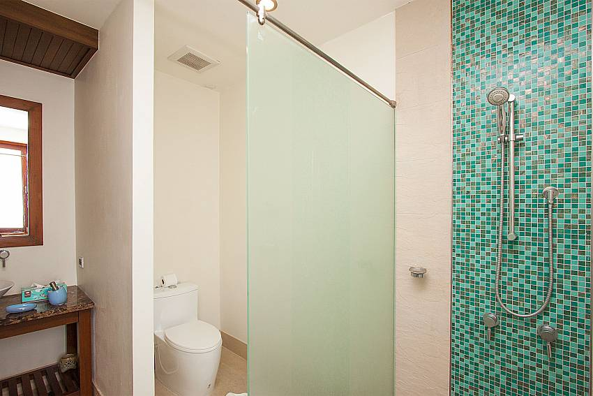 2. attached bathroom-Villa Alkira_Lipa Noi_Koh Samui_Thailand