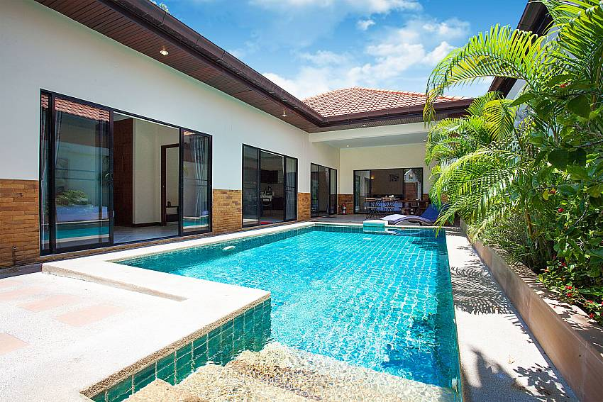 2 bedroom Villa Majestic 40 with private pool in Pattaya Thailand