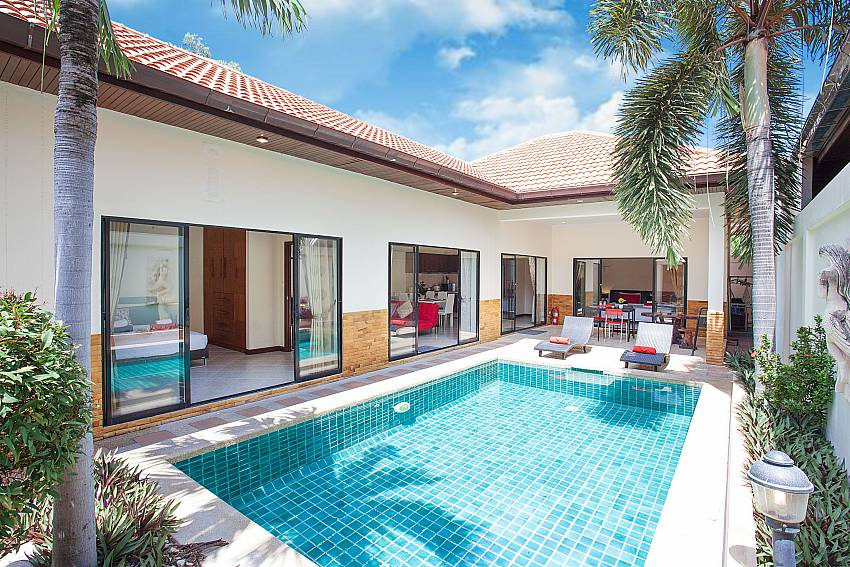 2 bedroom Villa Majestic 41 Pratumnak Pattaya Thailand with private pool