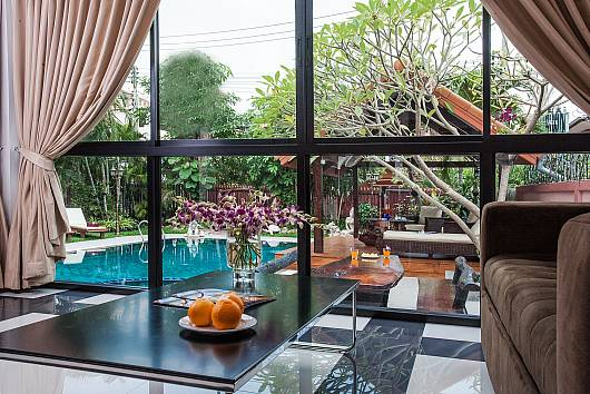 Rent Pattaya Villa: Baan Chatmanee, 5 Bedrooms. 9950 baht per night