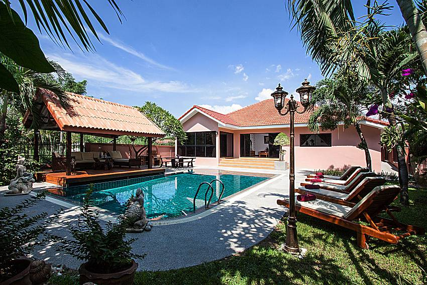 Delightful Pool and Gardens Of Baan Chatmanee
