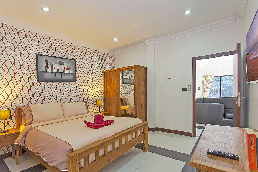Baan Chatmanee | Modern 5 Bedroom Pool Villa in Jomtien South Pattaya