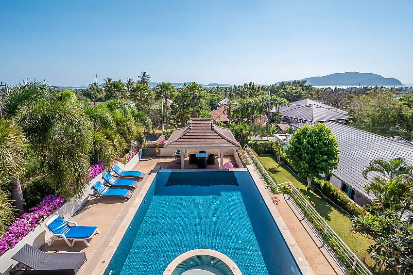 Ocean Breeze | 5 Bed Villa with Private Pool in Rawai Phuket
