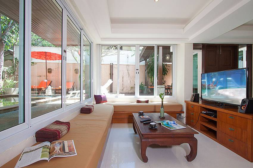 Living room with TV Villa Baylea 401 at Chaweng in Samui