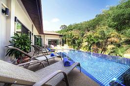 Luxury 4 Bedroom Pool Villa, Fully Staffed near Nai Harn Beach, Phuket