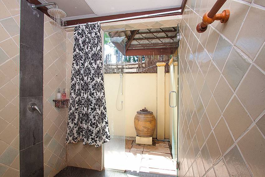 Shower Villa Baylea 203 in Koh Samui