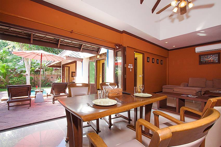 Dinning area Villa Baylea 101 in Chaweng Samui
