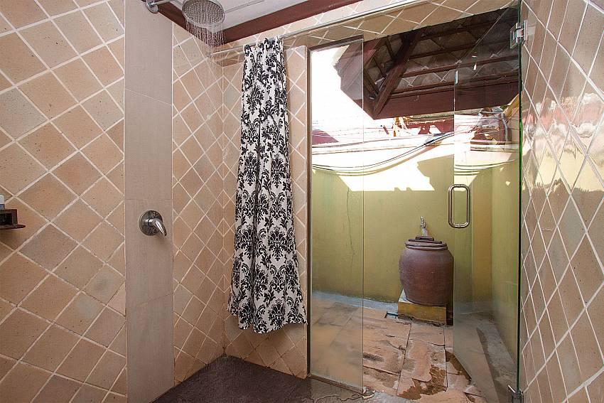 Shower Villa Baylea 101 in Chaweng Samui
