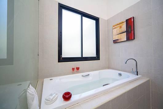 Аренда виллы на Пхукете: Gaew Jiaranai villa, 4 Спальни. 30852 бат в день