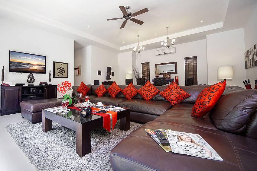 Large Living Room-Villa Gaew Jiranai_4 Bedroom_ Family Villa_Private Pool_Nai Narn_Rawai_Phuket_Thailand