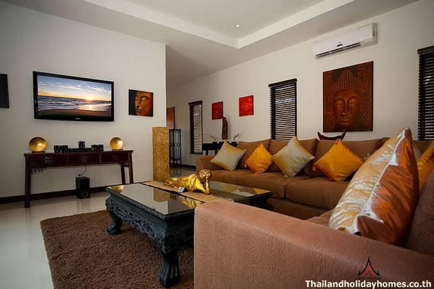 Spacious Living room-Phailin Talay_4 Bedroom_Family Pool Villa_Nai Harn_Rawai_Phuket_Thailand