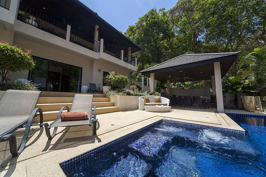 Jacuzzi Seating-Ploi Attitaya_6 bedroom villa_Private Pool_Nai Harn_Rawai_Phuket_Thailand