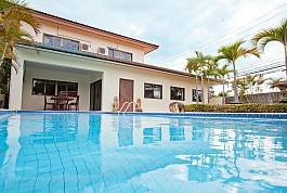 4Br Peaceful Pool Villa in Central Location Pattaya