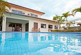 Nai Mueang Klang | 4 Bed Villa with Pool in Central Location Pattaya
