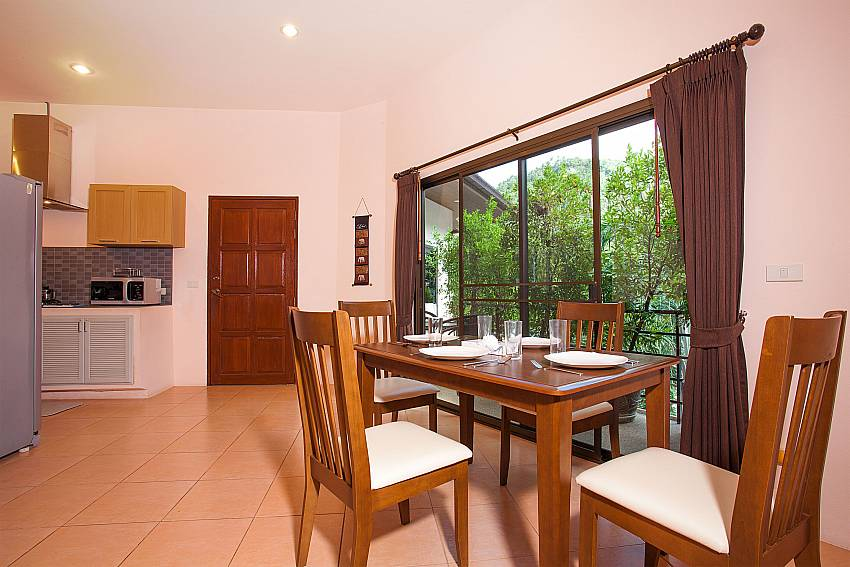 Samui Wan Hyud Apartment No.12 dining area