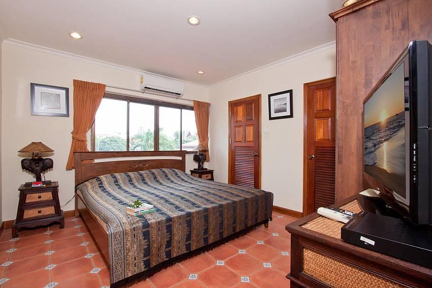 Bedroom 3-Nai Mueang Klang_4 Bedroom_Pool Villa_Pattaya_Thailand