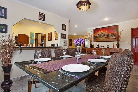 Rent Pattaya Villa: Baan Laksee, 4 Bedrooms. 12612 baht per night
