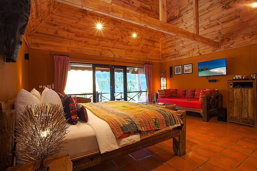 Bedroom with TV Natures Oasis Resort No.5 at Bang Bao Koh Chang