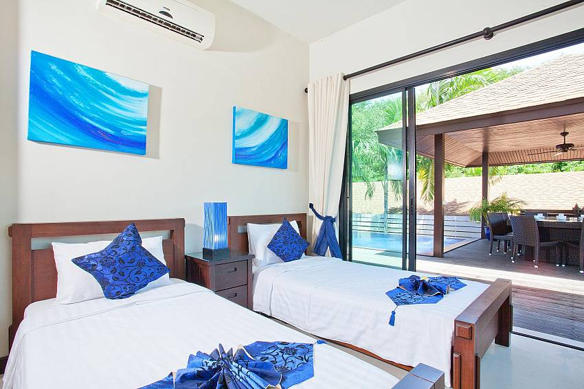 ideal-for-families-ploi-jantra-villa-5-bedroom-large-pool-nai-harn-phuket-thailand