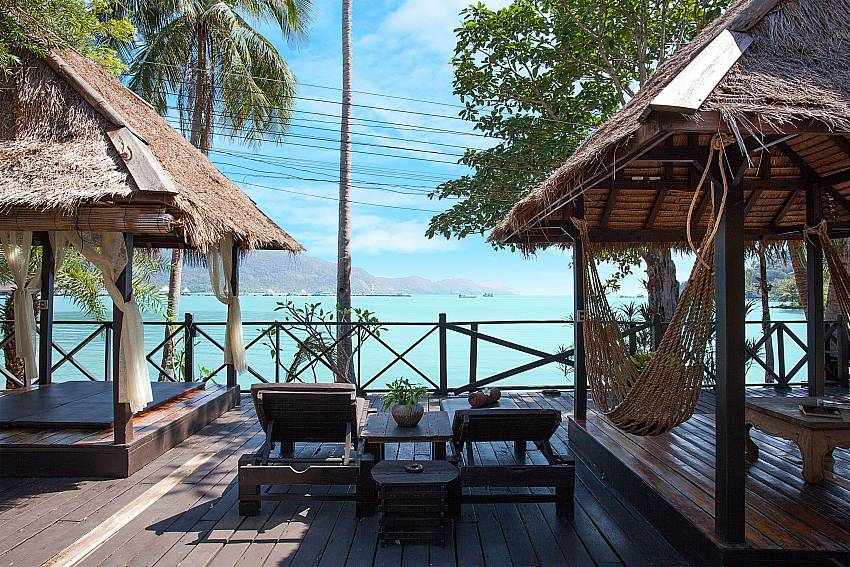 Sun bed with sea view Natures Oasis Resort No.7B in Bang Bao Koh Chang