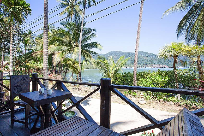 Seat area Natures Oasis Resort No.8A at Bang Bao Koh Chang