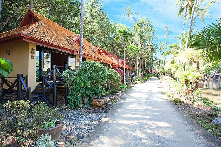 Property Natures Oasis Resort No.8B at Bang Bao Koh Chang