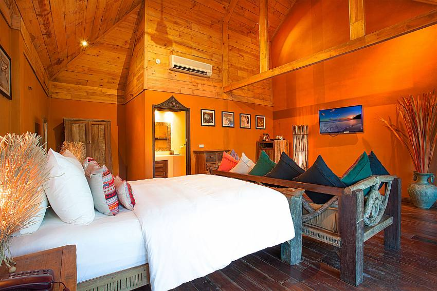 Bedroom with TV Natures Oasis Resort No.8B at Bang Bao Koh Chang