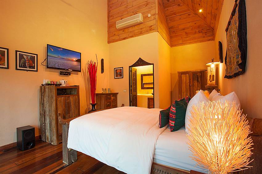 Bedroom with TV Natures Oasis ResortNo.10A in Southern Koh Chang