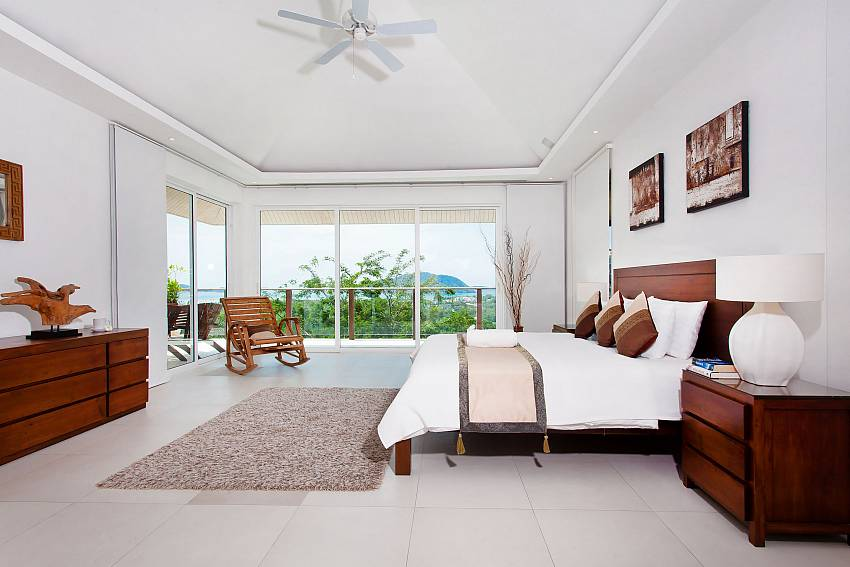 2. bedroom with great view in Villa Alangkarn Andaman South Phuket