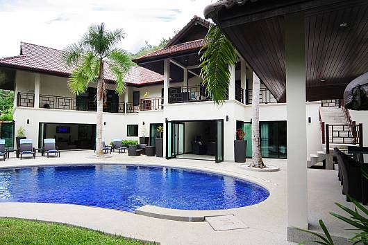 Rent Phuket Villas: Narumon Villa, 5 Bedrooms. 56218 baht per night
