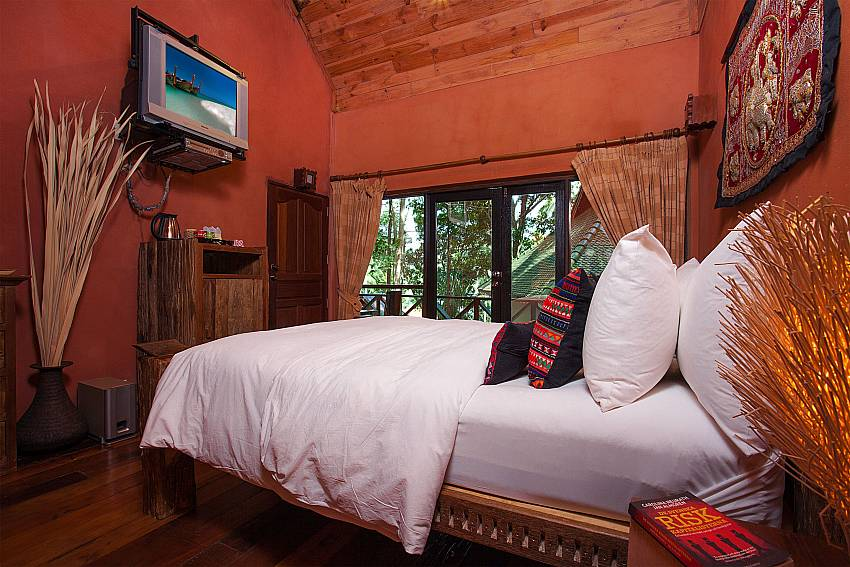 Bedroom with TV Natures Oasis Resort No.11A in Southern Koh Chang