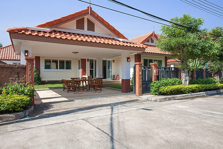 Front of property Timberland Lanna Villa 301 in Bangsaray Pattaya