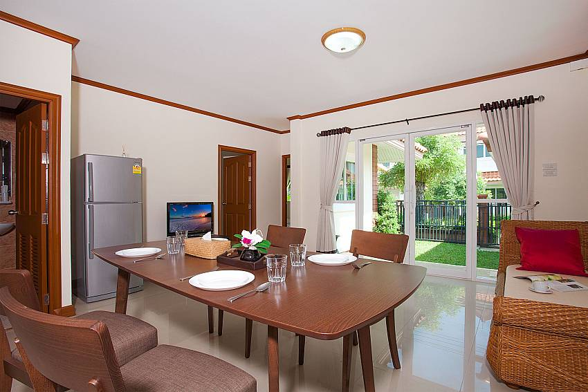 Dinning area with TV Timberland Lanna Villa 301 in Bangsaray Pattaya