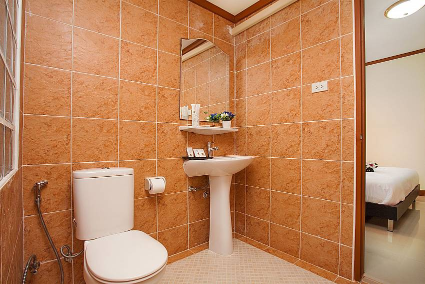 Toilet Timberland Lanna Villa 301 in Bangsaray Pattaya