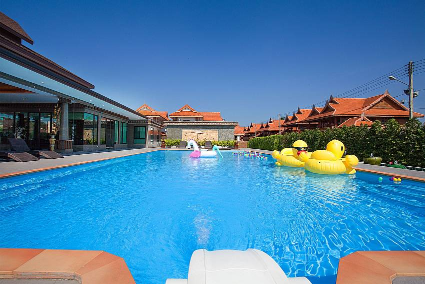 Swimming pool Timberland Lanna Villa 302 in Bangsaray Pattaya