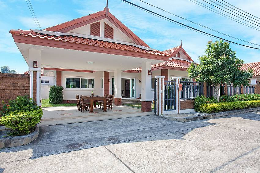 Front of property Timberland Lanna Villa 302 in Bangsaray Pattaya