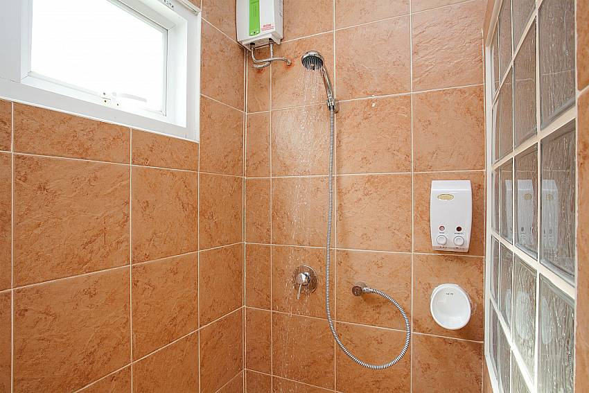 Shower Timberland Lanna Villa 302 in Bangsaray Pattaya
