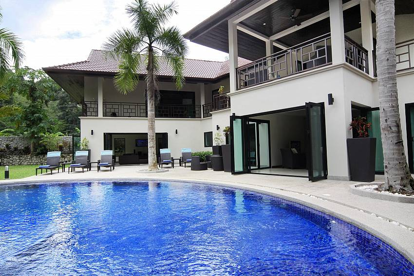Plenty of privacy at the private pool in Narumon Villa Nai Harn Phuket