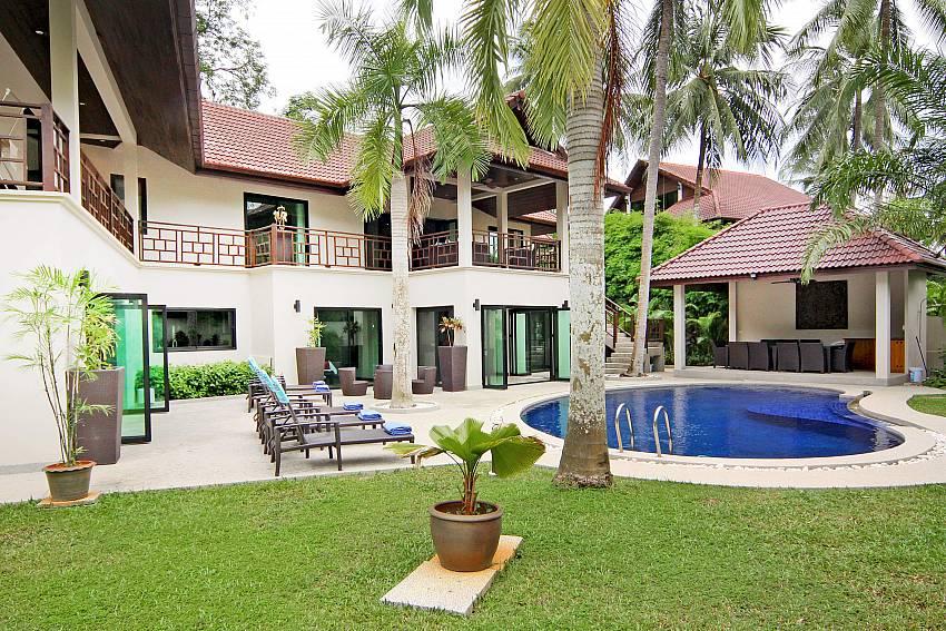 Private Gardens and Thai Sala-narumon-villa_5-bedroom_serviced-pool-villa_nai-harn_phuket_thailand