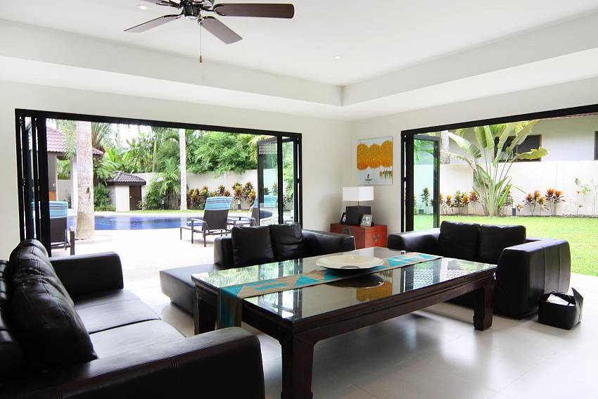 Social Room-narumon-villa_5-bedroom_serviced-pool-villa_nai-harn_phuket_thailand