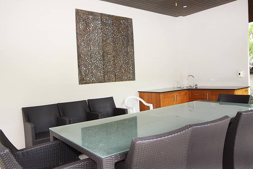 Breakfast Room-narumon-villa_5-bedroom_serviced-pool-villa_nai-harn_phuket_thailand